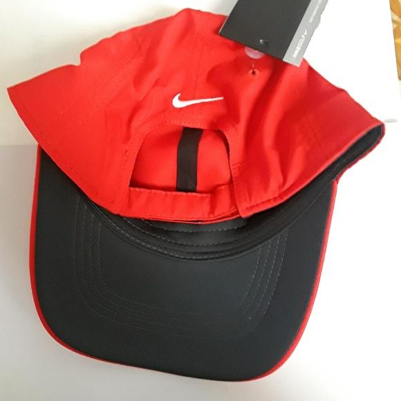 a6f018bacd2 Nike Tech Swoosh Cap. NWT. Nike.  21  29. Size